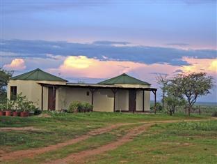 Etango Ranch Guest Farm Rondawels Apartment, Windhoek Rural