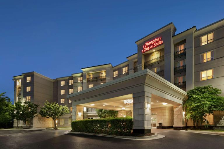 Hampton Inn & Suites Washington-Dulles Int'l Airport, Loudoun