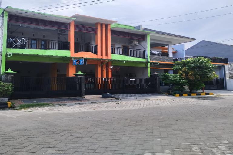 OYO 3085 Artha Residence Syariah, Gresik