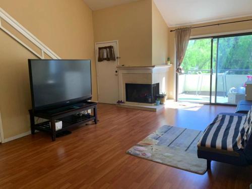 Chino hills master bedroom, San Bernardino