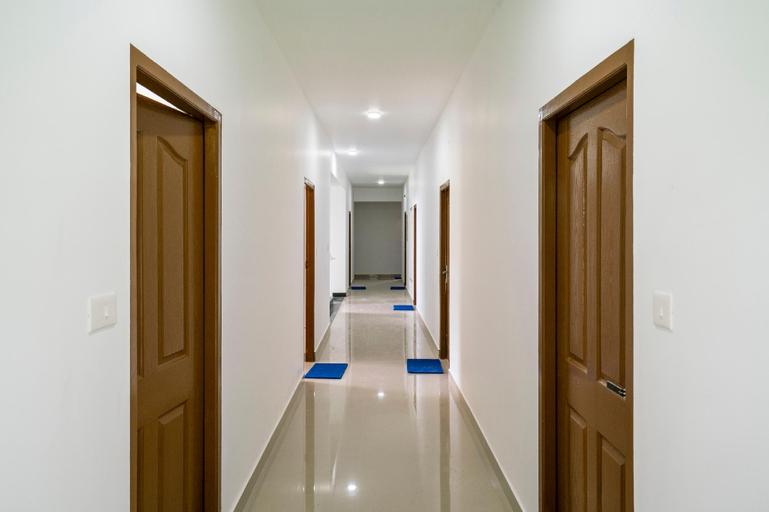 OYO Home 45384 Aj Suits, Ernakulam