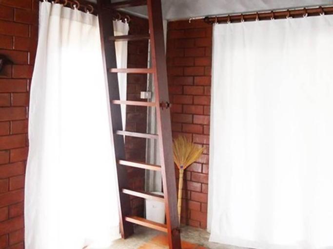 Rachavadee Bankrut Resort, Bang Saphan