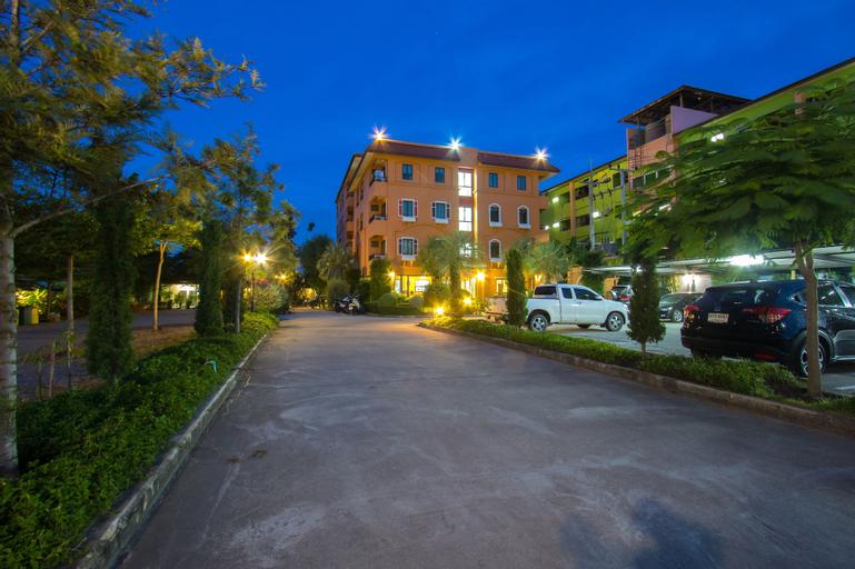 I-Home Residence and Hotel, Pluak Daeng