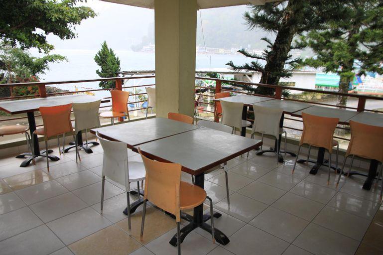 Pandu Lakeside Parapat Hotel, Toba
