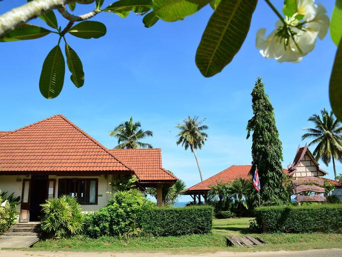 Clean Wave Resort, Pathiu