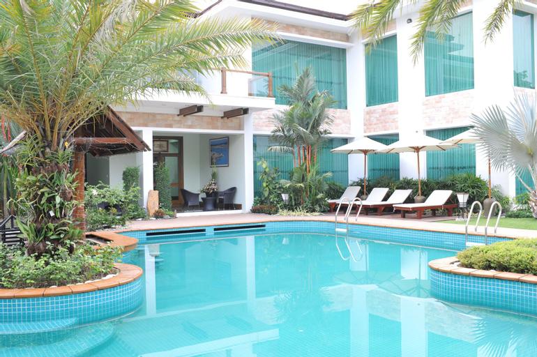 Palm Spring Resort & Spa, Yangon-E