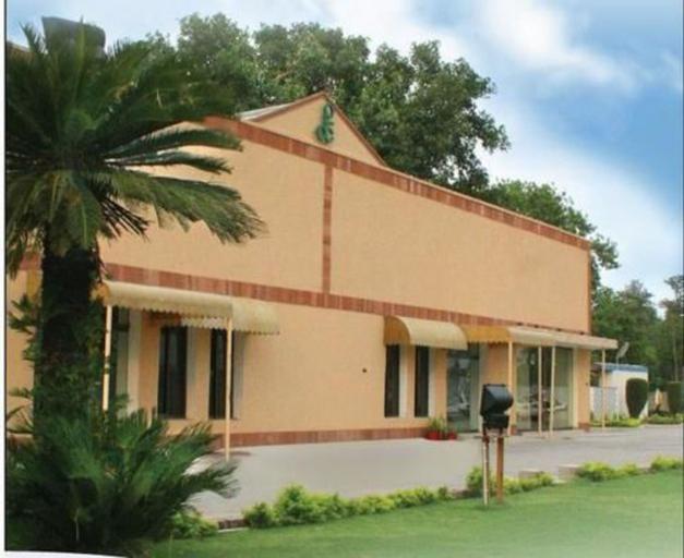 Flashman's Hotel, Rawalpindi