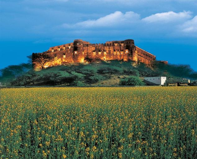 Neemrana's - Hill Fort - Kesroli, Alwar