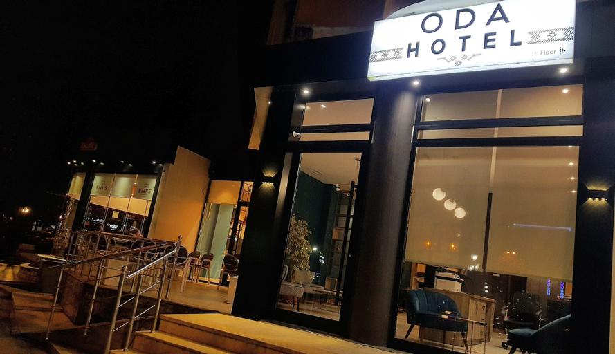 Oda Hotel Tirana, Tiranës
