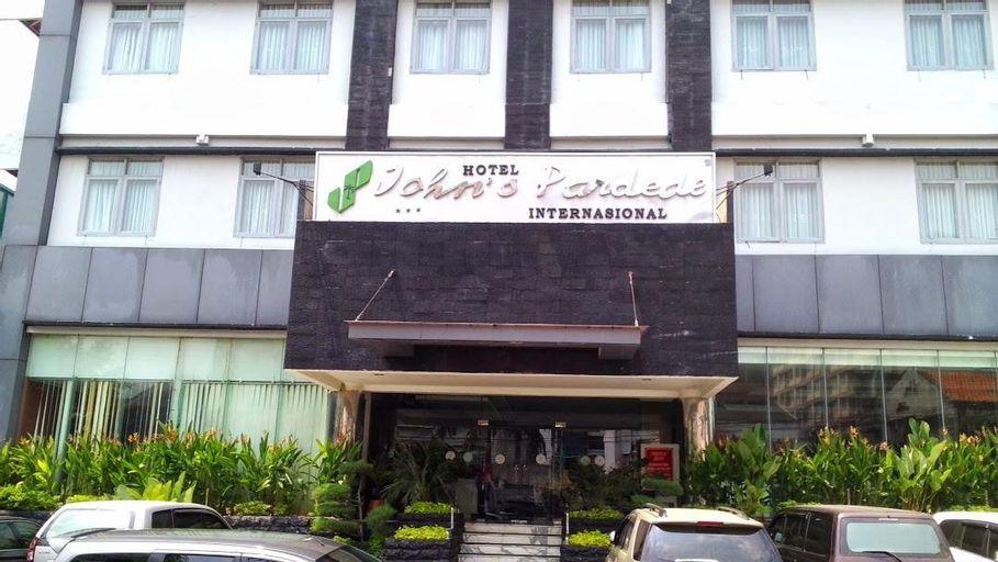 Johns Pardede Internasional Hotel, Jakarta Pusat