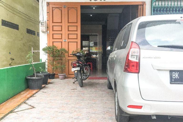KoolKost Syariah near UMSU Medan, Medan