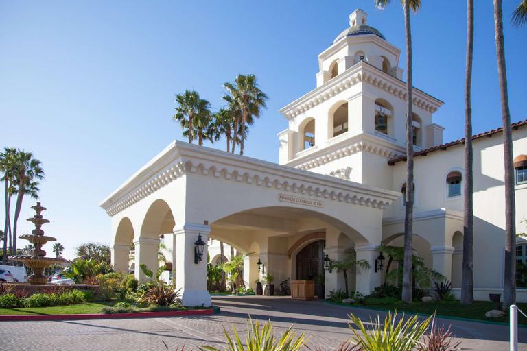 Embassy Suites by Hilton Mandalay Beach Hotel & Resort, Ventura