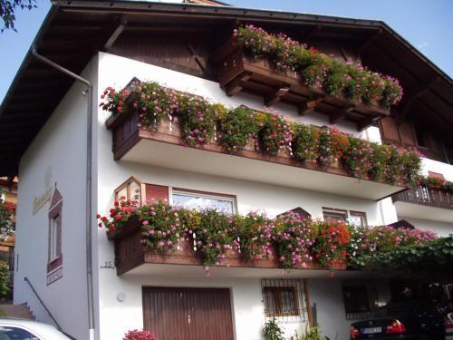 Haus Schwienbacher, Bolzano