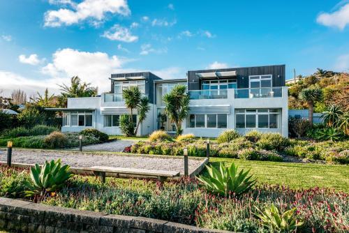 Waiheke Waterfront Lodge, Auckland