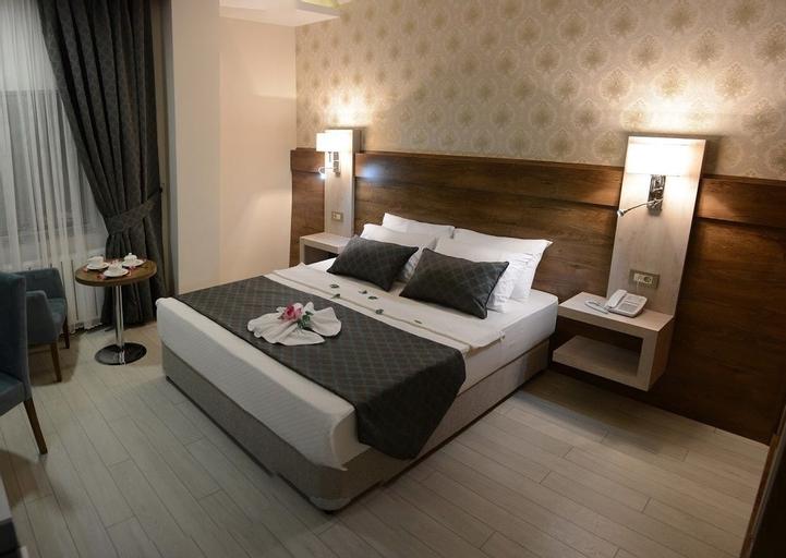 White Star Hotel, Merkez