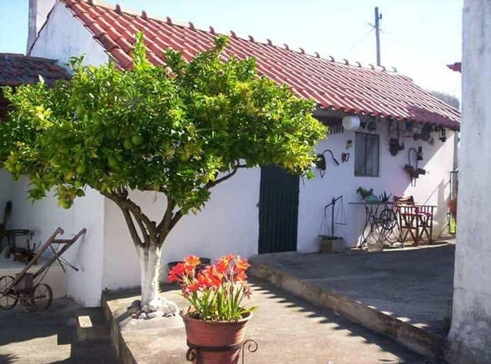 House With 3 Bedrooms in Alcobaça, With Wonderful Mountain View, Priva, Alcobaça