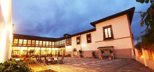 Hotel Casona Del Busto, Asturias