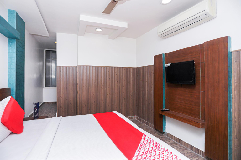 OYO 11061 Hotel Awesome, Meerut