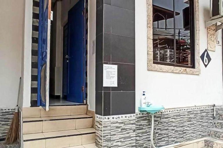 Snow White Residence, West Jakarta