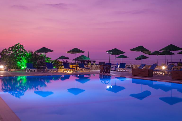 Manolya Hotel,
