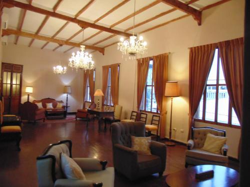 Casa Mendoza, Sullana