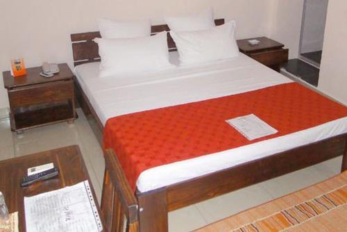 Hotel H1, Atsinanana