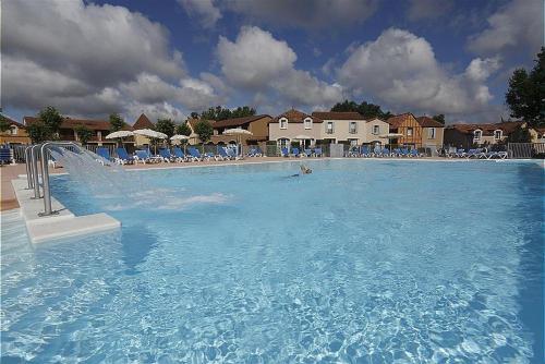 Lac Mondesir Monflanquin Villa T3 3p6p, Lot-et-Garonne