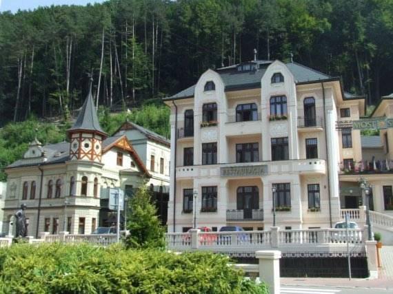 Hotel Most Slavy, Trenčín