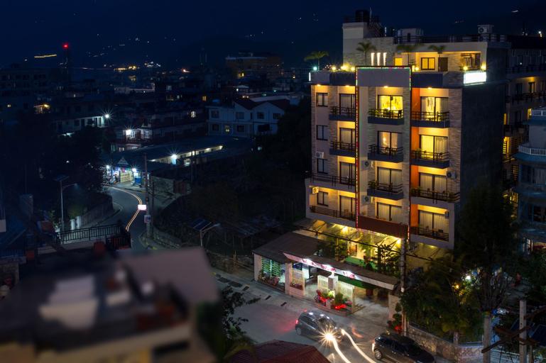 Hotel Queens Park, Gandaki