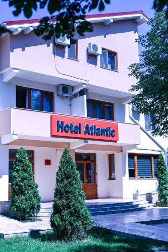 Hotel Atlantic, Adjud