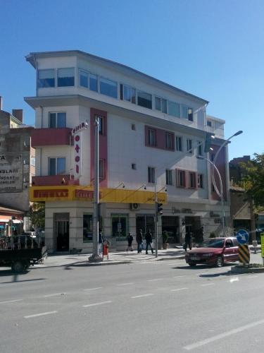 Sirin Hotel, Merkez