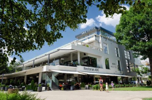 Hotel ABC, Leskovac