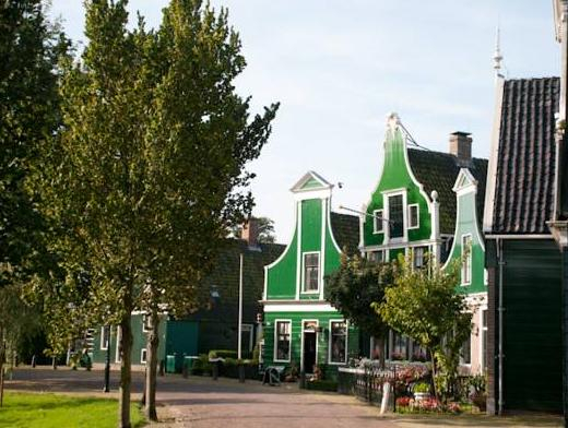 Heerlijck Slaapen op de Zaanse Schans, Zaanstad