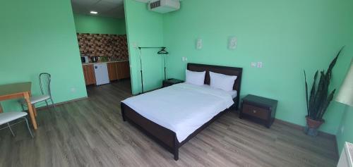 Luxor Inn & Suites, Chernivets'ka