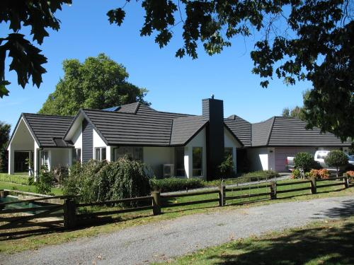 Karapiro Willows Luxury B & B, Waipa