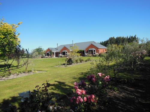 Lincoln Country Dream, Selwyn