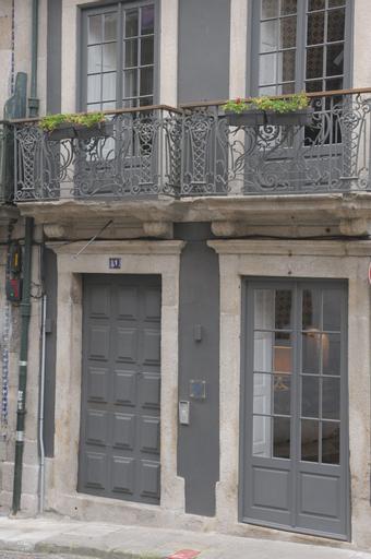 Mo House, Porto