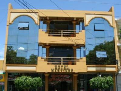 Hotel Martinez, Cercado