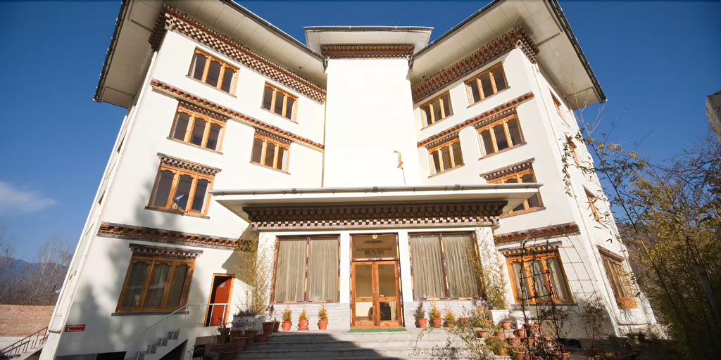 Bhutan Suites, Chang