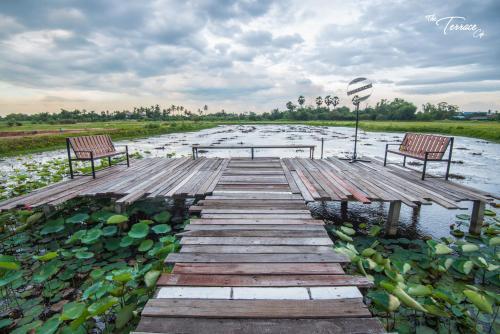 Baan Tor Mai Resort, Muang Suphanburi
