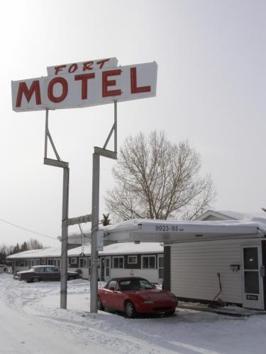 Fort Motel, Division No. 11