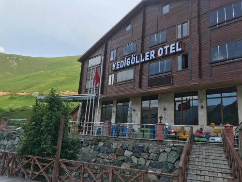 Yedigoller Hotel & Restaurant, Çaykara