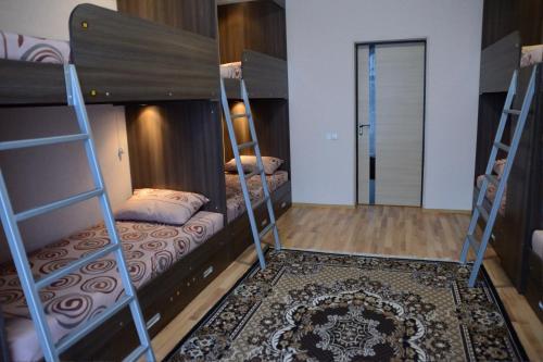 Rivne Hostel, Rivnens'ka