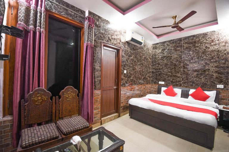 OYO 67033 Hotel Sahil Plaza, Una