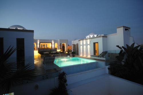 Euphoriad, Rabat