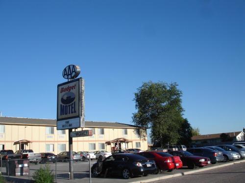Budget Motel, Millard