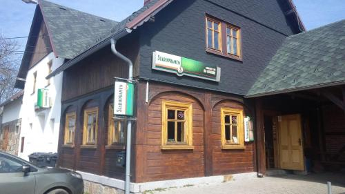 Country club Konirna, Děčín