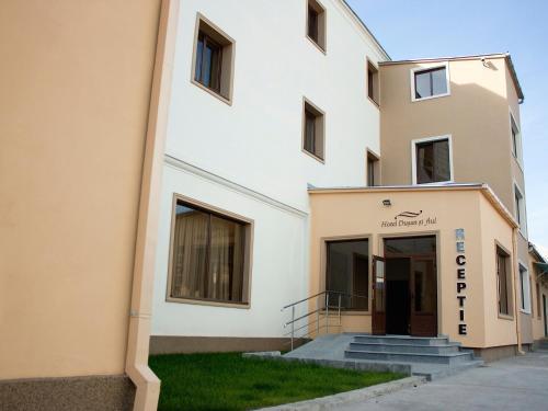 Hotel Dusan si Fiul Resita Nord, Resita