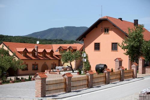 B&B Kolaric, Jastrebarsko
