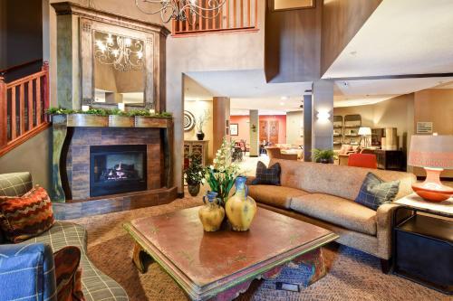 GrandStay Hotel & Suites, La Crosse